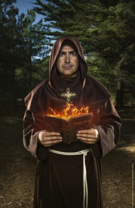 un magicien en moine