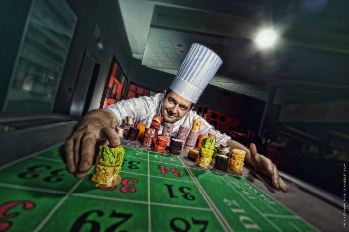cuisiner sur une table de casino