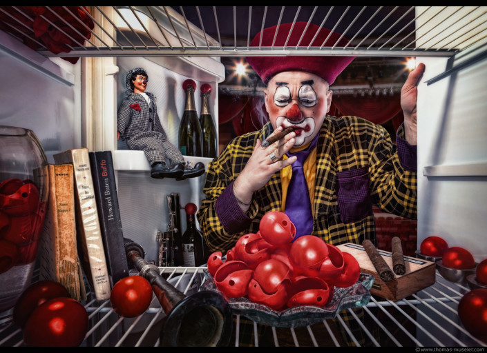 un clown dans un frigo photo