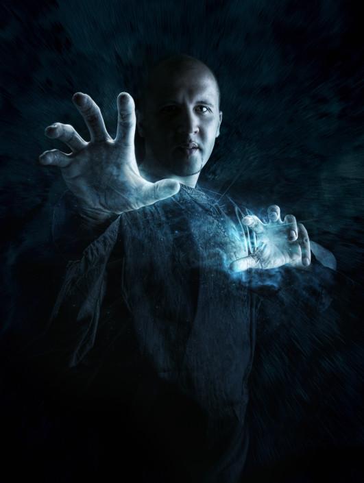 un magicien avec des effets photoshop