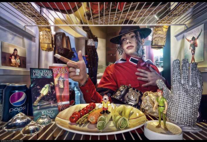 michael jackson dans son frigo photo originale dans un frigo par thomas muselet
