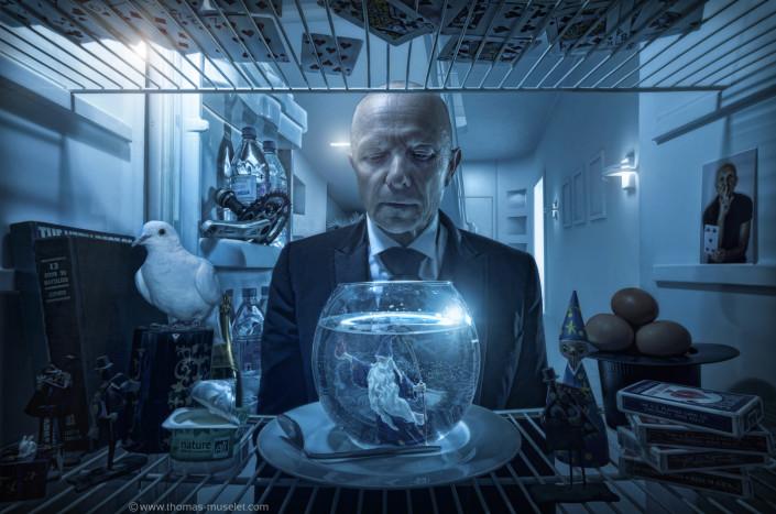 un magicien dans son frigo photo originale dans un frigo par thomas muselet