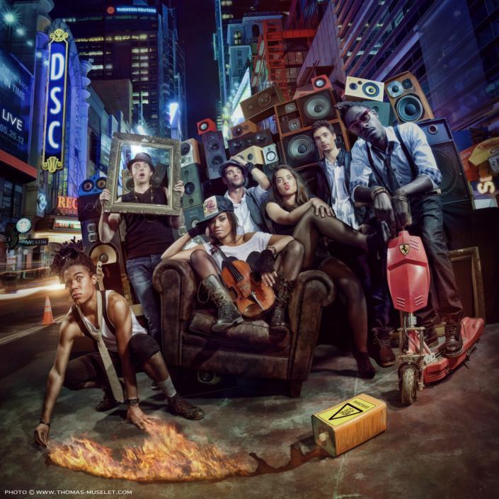 pochette d'album du groupe dsc au milieu d'une ville americaine